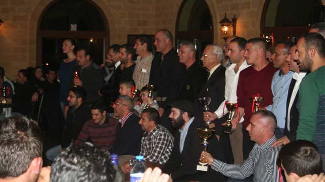 Photo of Off-Road Şampiyonu Niyazi Bedel Kupasını Aldı