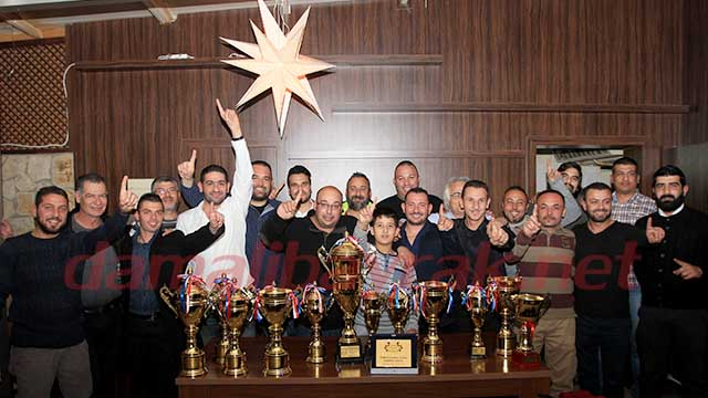 Photo of Şampiyonlar Kupalarını Aldı
