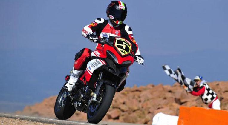 Photo of Moto Tırmanma yarışı yapılıyor