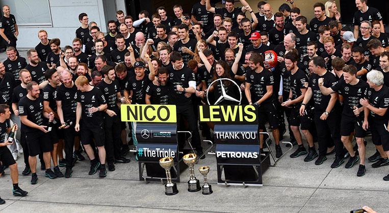 """Photo of Çağın Özılgaz: """"Mercedes 2016 F1 takımlar Şampiyonu"""""""