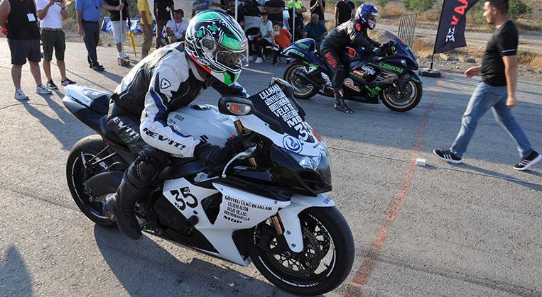 Photo of Moto Drag yarışı yapıldı