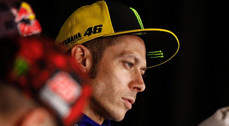 Photo of Rossi bacağını kırdı