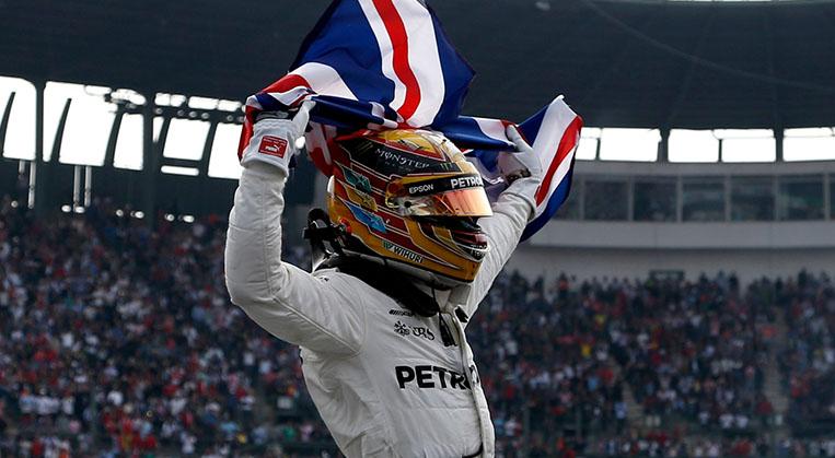 Photo of Hamilton dördüncü kez şampiyon