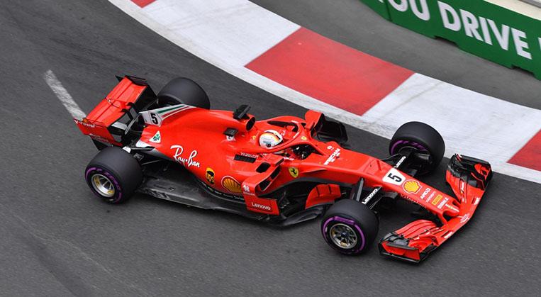 Photo of Vettel Azerbaycan'da da pole pozisyonunu aldı